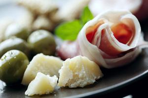 olives-parmesan-jambon-site